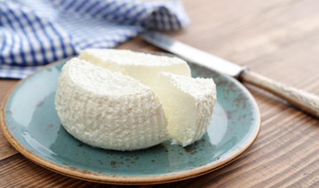 lentilhas-com-queijo-e-beterraba-queijo-ricota