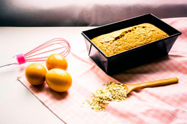 Os 12 principais benefícios da aveia-pão-com-farinha-de-aveia-e-laranja