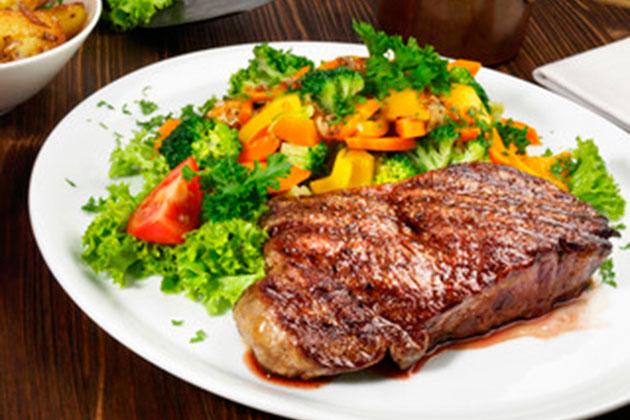 Motivos Para Você Comer Brócolis-brocolis-e-tomate-03