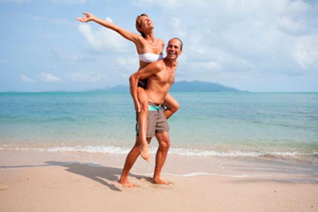 Motivos Para Você Comer Brócolis-casal-na-praia